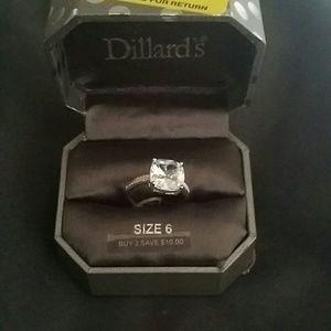 Jewelry - Never worn. Bling costume diamond ring